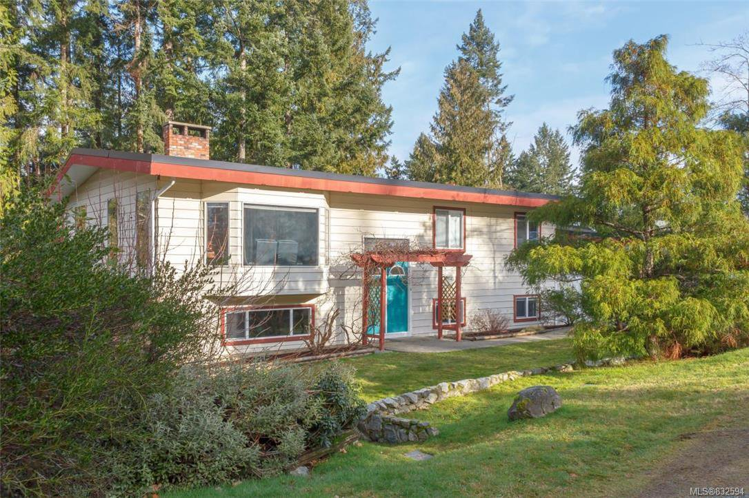 Main Photo: 1725 Wilmot Ave in SHAWNIGAN LAKE: ML Shawnigan Single Family Detached for sale (Malahat & Area)  : MLS®# 832594