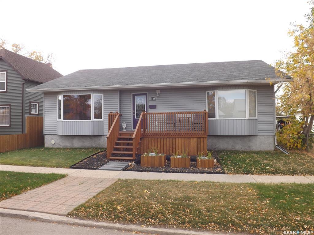 Main Photo: 918 3rd Street in Estevan: Eastend Residential for sale : MLS®# SK828062