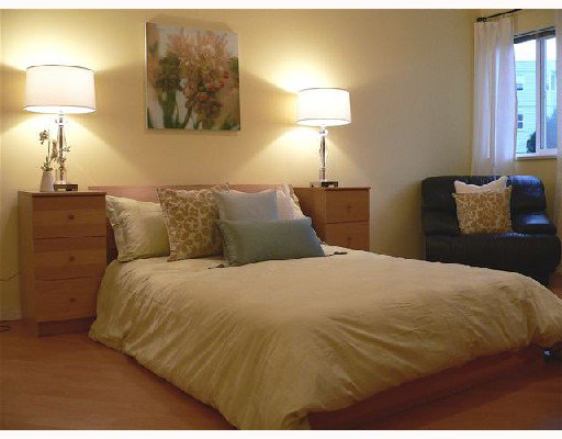 """Photo 8: Photos: 201 7051 BLUNDELL Road in Richmond: Brighouse South Condo for sale in """"WINDSOR GARDEN"""" : MLS®# V659742"""