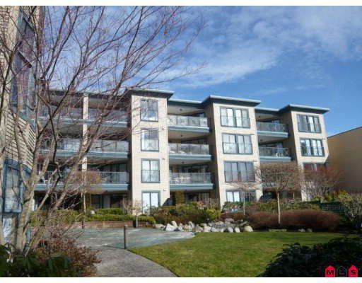 "Main Photo: 108 15210 PACIFIC Avenue in White_Rock: White Rock Condo for sale in ""OCEAN RIDGE"" (South Surrey White Rock)  : MLS®# F2802742"
