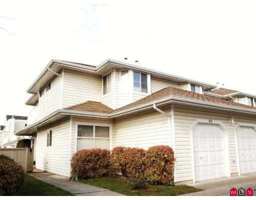 Main Photo: 41 10038 155th Street in Surrey: Condo for sale (North Surrey)  : MLS®# F2707701