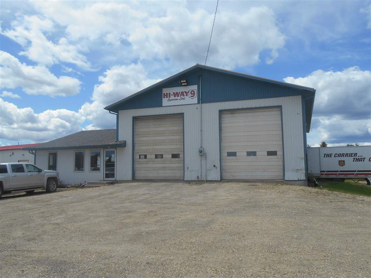 Main Photo: 5740 50A Street: Drayton Valley Industrial for sale or lease : MLS®# E4200376