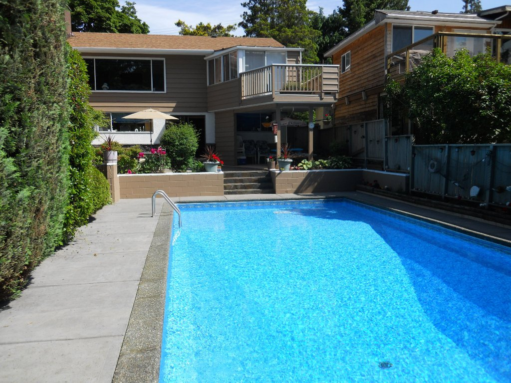 Main Photo: 5856 KEITH ST in Burnaby: South Slope House for sale (Burnaby South)  : MLS®# V896112