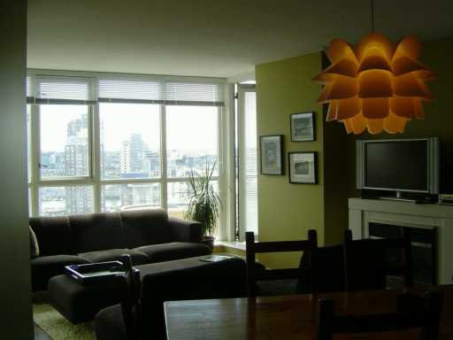 """Photo 7: Photos: 1707 1199 SEYMOUR ST in Vancouver: Downtown VW Condo for sale in """"BRAVA"""" (Vancouver West)  : MLS®# V597121"""