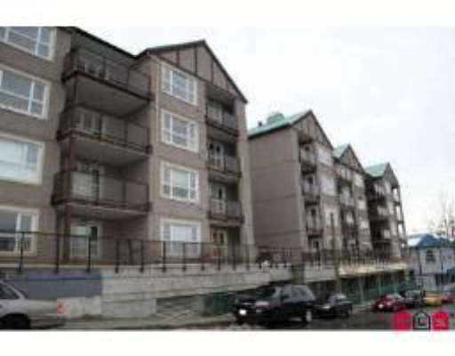"Main Photo: 33165 2ND Ave in Mission: Mission BC Condo for sale in ""Mission Manor"" : MLS®# F2704436"