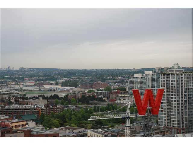 Main Photo: 2705 128 W CORDOVA STREET in : Downtown VW Condo for sale : MLS®# V932680