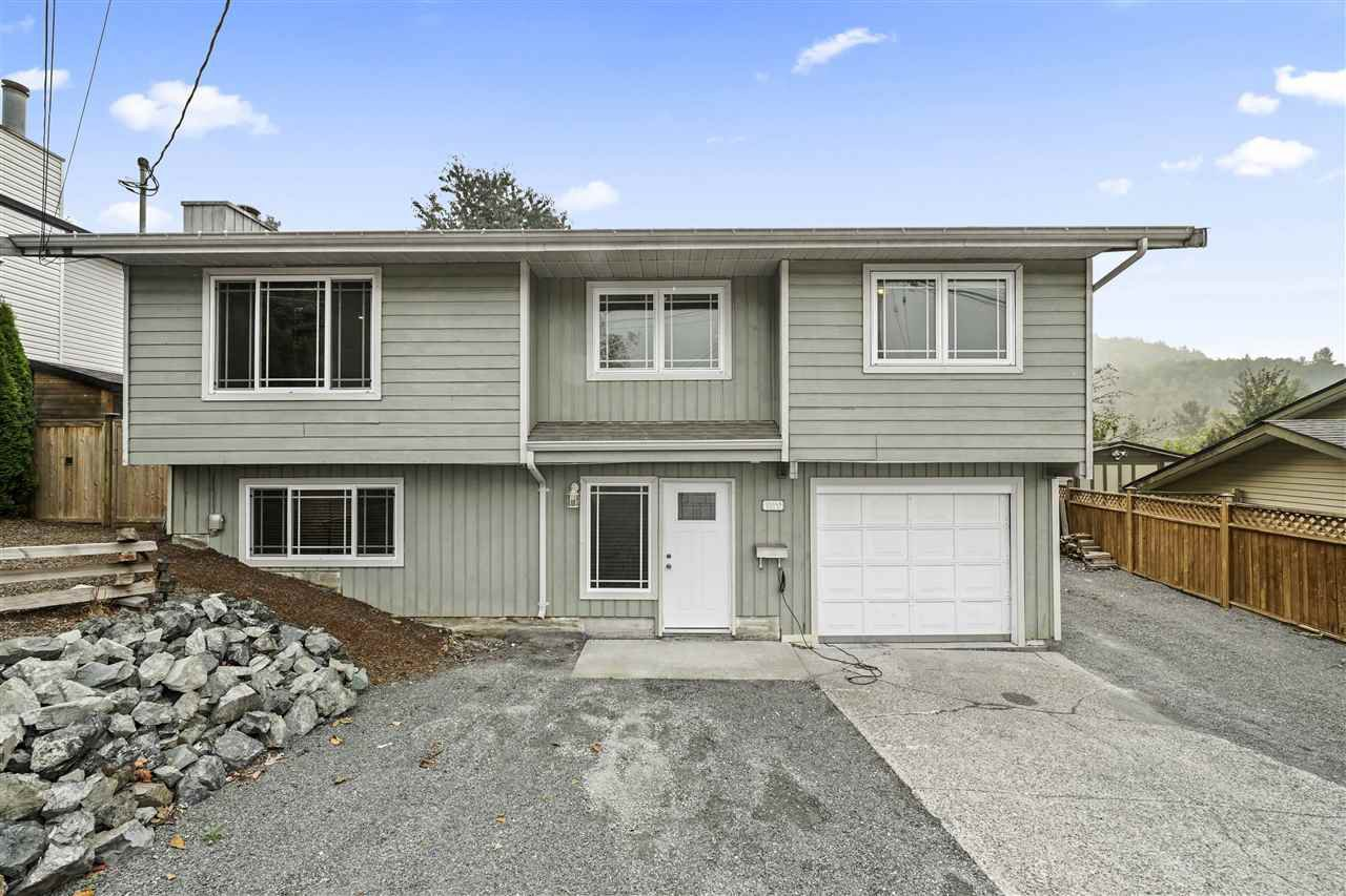 Main Photo: 35348 MCKEE Road in Abbotsford: Abbotsford East House for sale : MLS®# R2509396