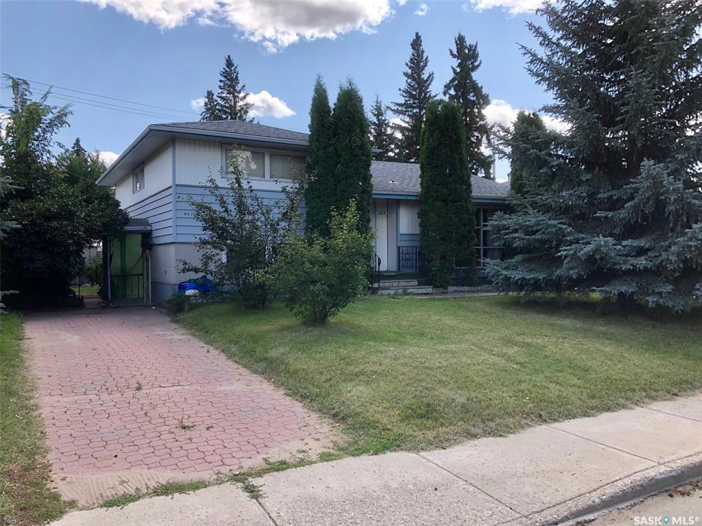 Photo 1: Photos: 1604 Ruth Street East in Saskatoon: Nutana Park Residential for sale : MLS®# SK784599