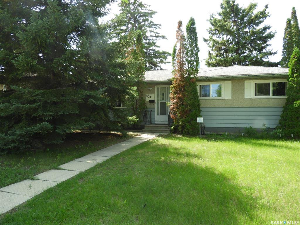 Main Photo: 1215 K Avenue North in Saskatoon: Hudson Bay Park Residential for sale : MLS®# SK796384