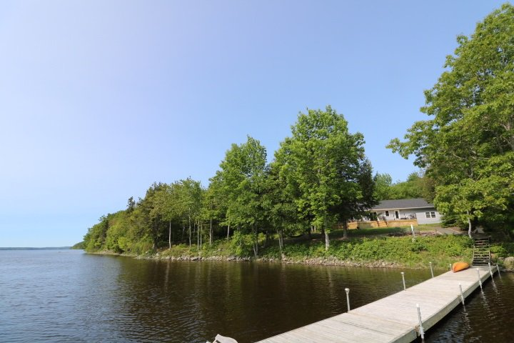 Main Photo: 720 Monte Vista Road in Enfield: 105-East Hants/Colchester West Residential for sale (Halifax-Dartmouth)  : MLS®# 202007569