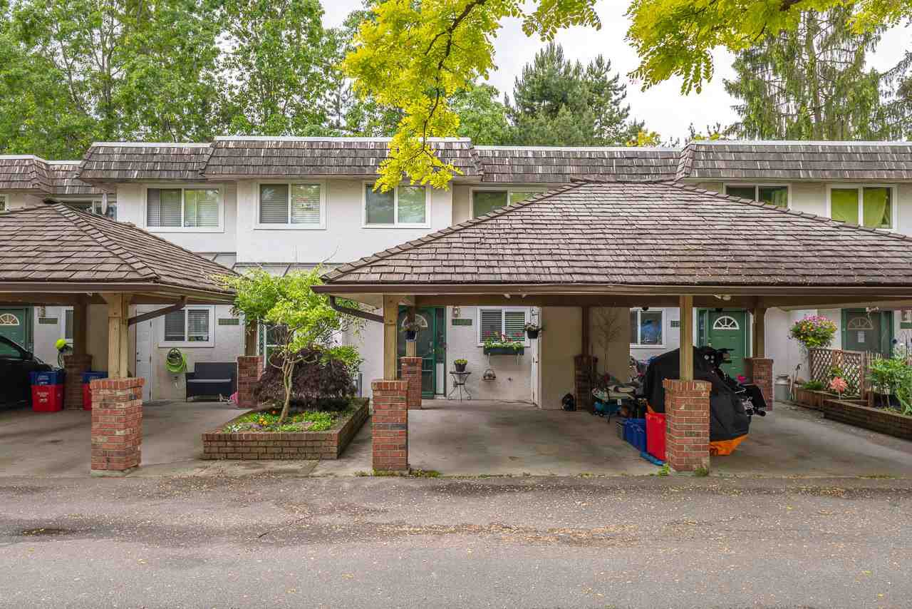 "Main Photo: 11699 FULTON Street in Maple Ridge: East Central Townhouse for sale in ""CEDAR GROVE"" : MLS®# R2463211"