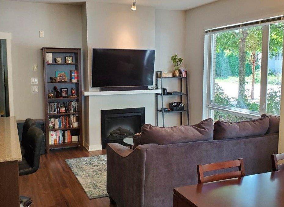 """Main Photo: 124 13321 102A Avenue in Surrey: Whalley Condo for sale in """"AGENDA"""" (North Surrey)  : MLS®# R2486611"""