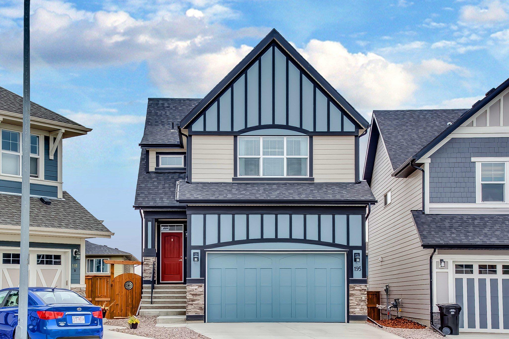 Main Photo: 195 MAHOGANY Passage SE in Calgary: Mahogany House for sale : MLS®# C4267051