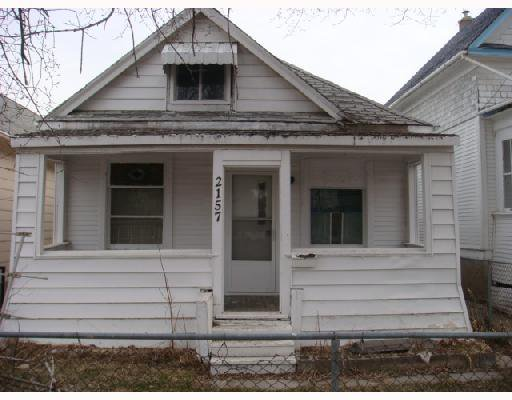 Main Photo: 2157 GALLAGHER Avenue in WINNIPEG: Brooklands / Weston Residential for sale (West Winnipeg)  : MLS®# 2805626