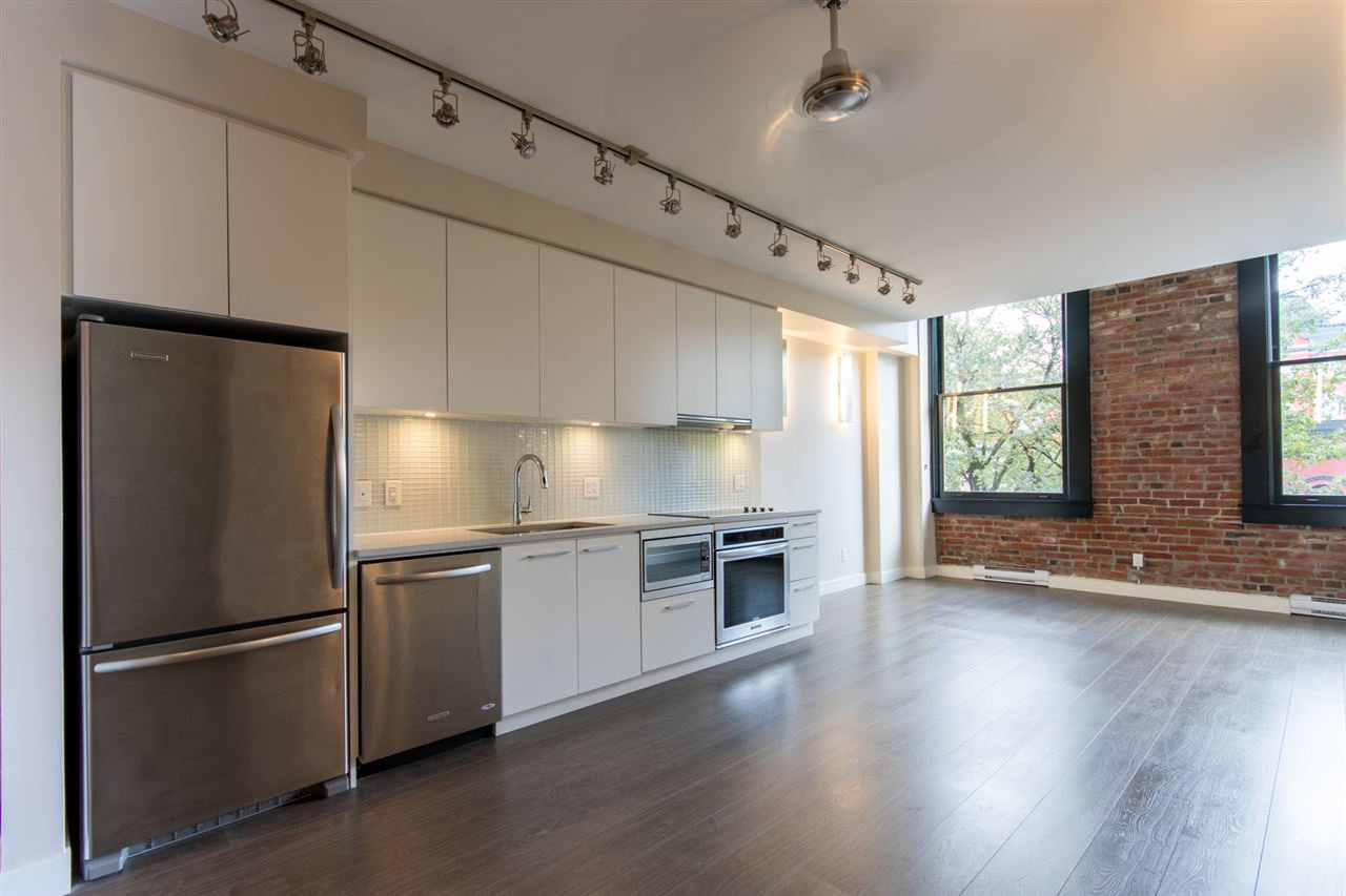 """Main Photo: 409 668 COLUMBIA Street in New Westminster: Quay Condo for sale in """"Trapp + Holbrook"""" : MLS®# R2411789"""