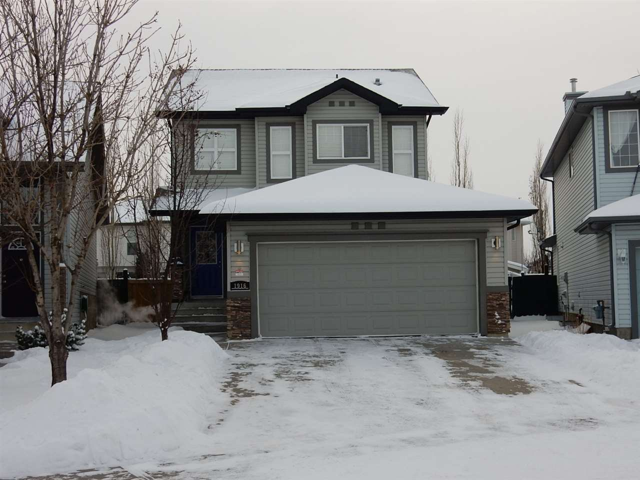 Main Photo: 1916 Garnett Way in Edmonton: Zone 58 House for sale : MLS®# E4186663