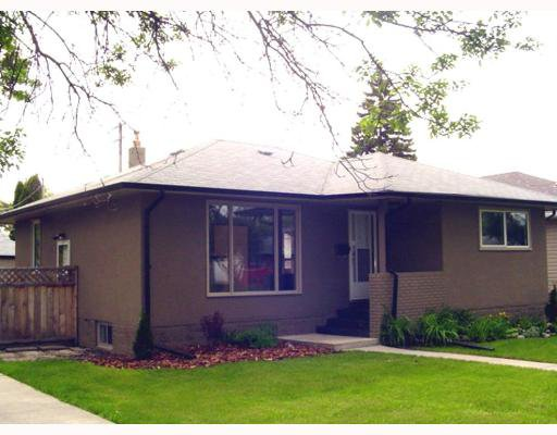 Main Photo: 626 CAMPBELL Street in WINNIPEG: River Heights / Tuxedo / Linden Woods Single Family Detached for sale (South Winnipeg)  : MLS®# 2709649