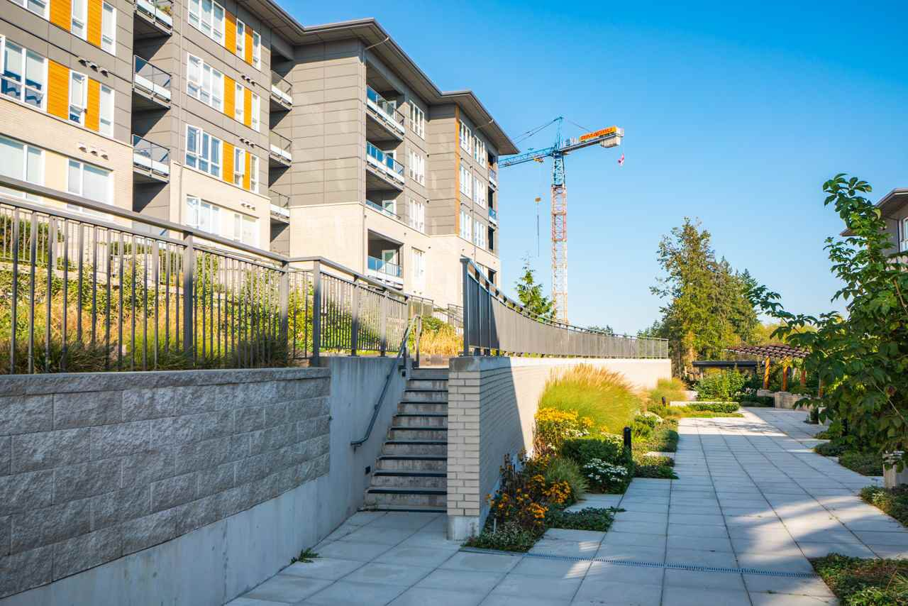 Photo 15: Photos: 515 9168 SLOPES MEWS in Burnaby: Simon Fraser Univer. Condo for sale (Burnaby North)  : MLS®# R2402599