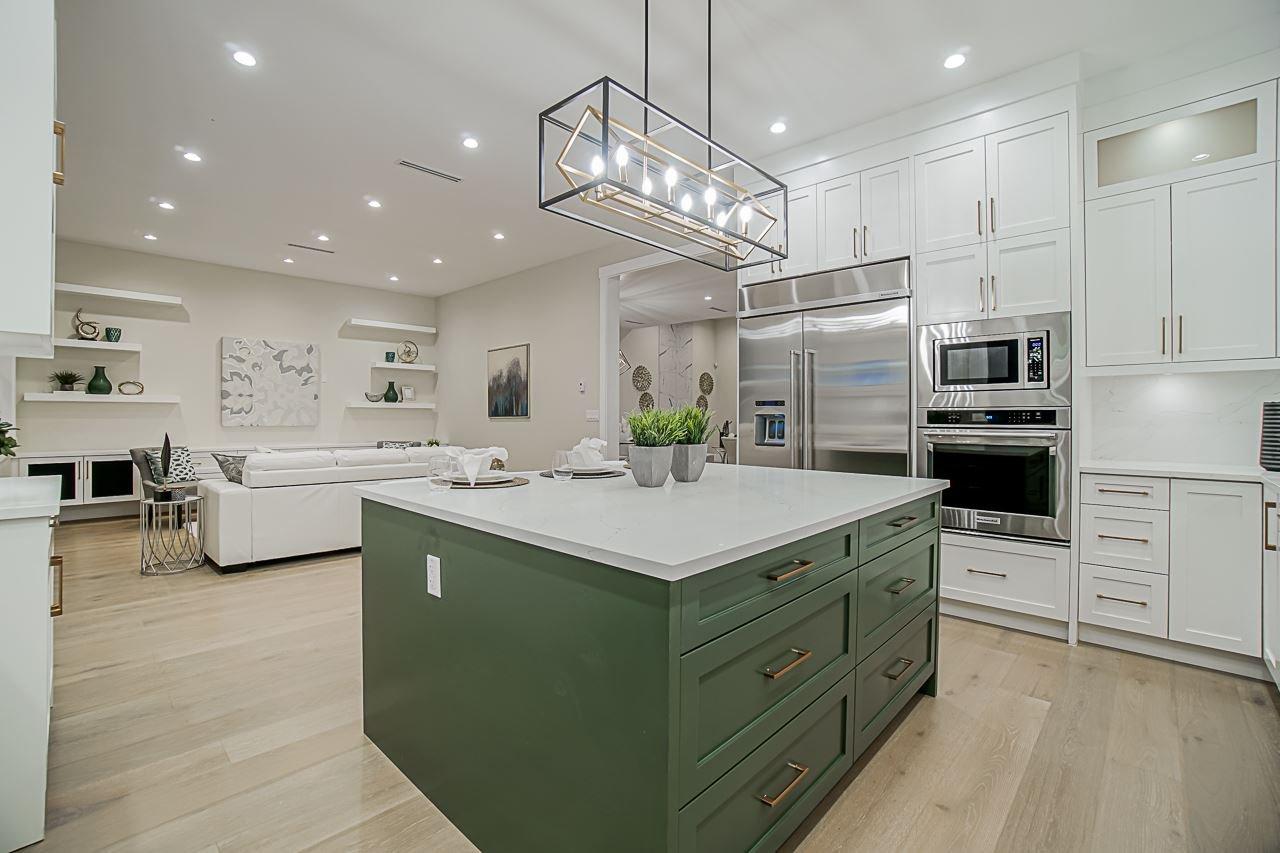 Photo 11: Photos: 17183 0A Avenue in Surrey: Pacific Douglas House for sale (South Surrey White Rock)  : MLS®# R2439080