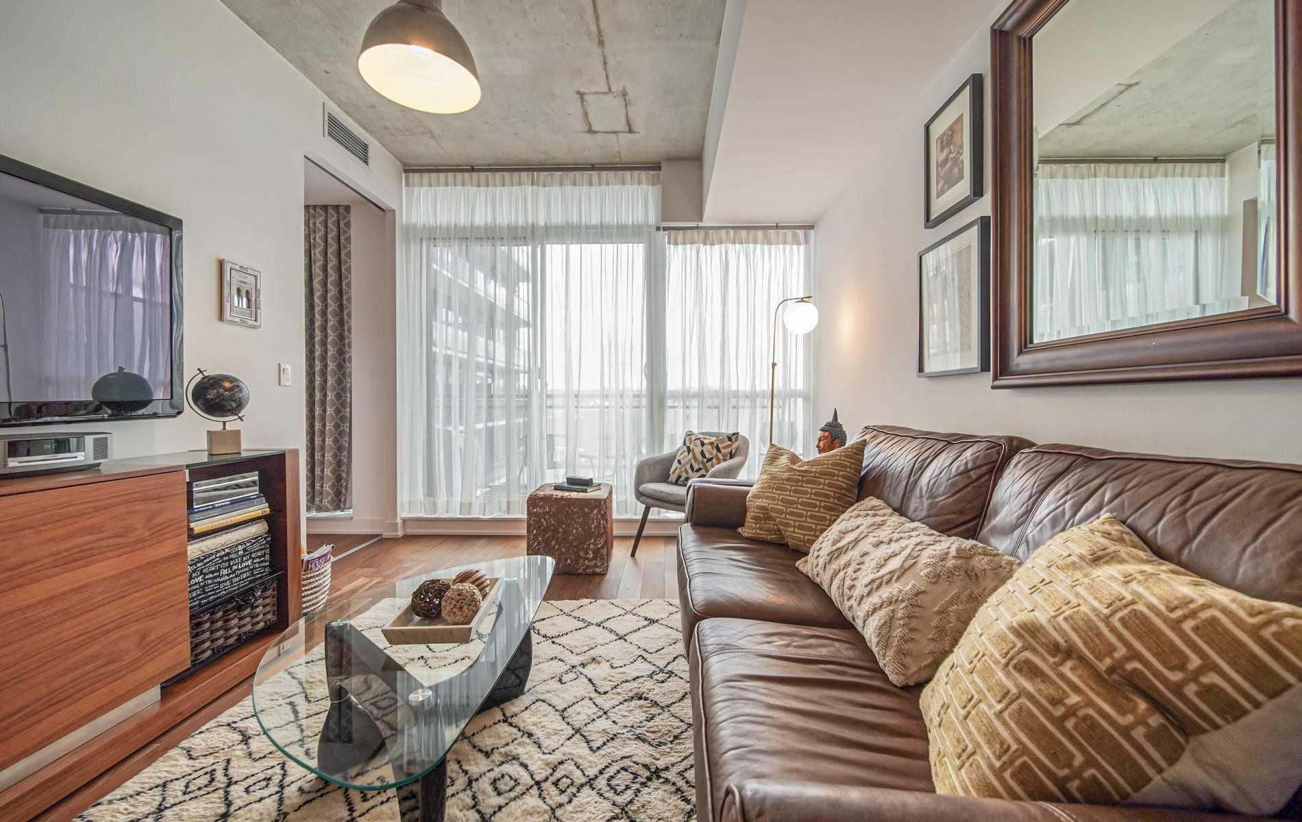 Photo 2: Photos: 702 1190 E Dundas Street in Toronto: South Riverdale Condo for sale (Toronto E01)  : MLS®# E4766173