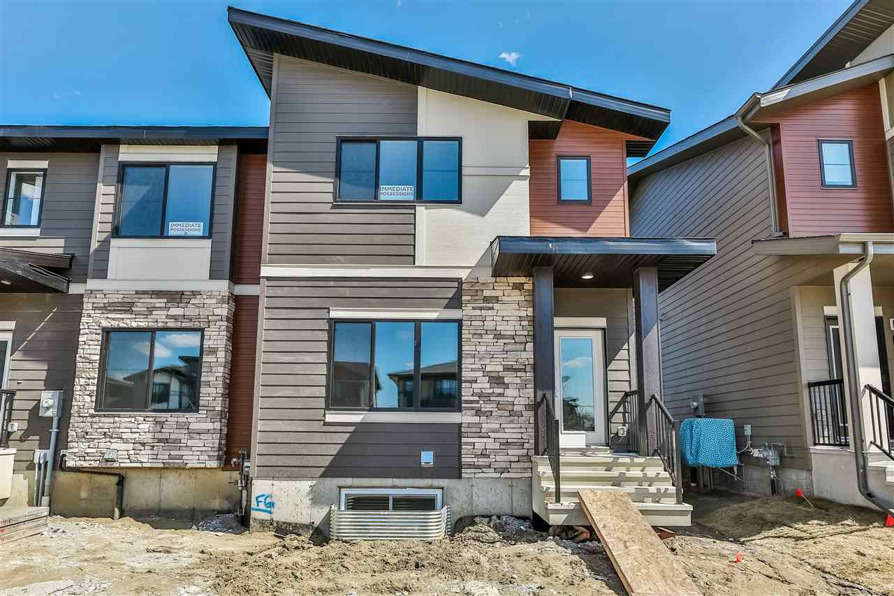 Main Photo: 15 Amesbury Wynd: Sherwood Park Attached Home for sale : MLS®# E4201070