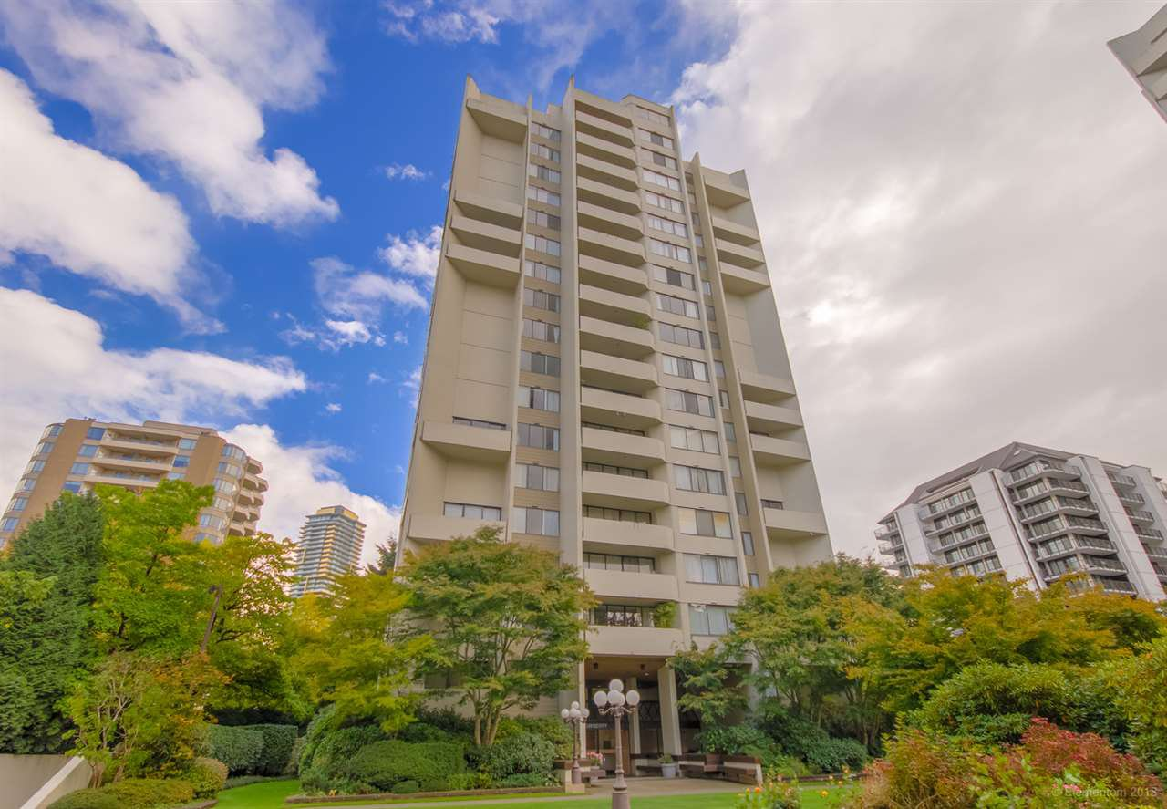 "Main Photo: 202 4300 MAYBERRY Street in Burnaby: Metrotown Condo for sale in ""TIMES SQUARE"" (Burnaby South)  : MLS®# R2508562"