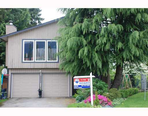 "Main Photo: 3242 SAMUELS Court in Coquitlam: New Horizons House for sale in ""NEW HORIZONS"" : MLS®# V710906"