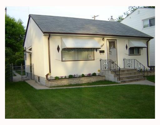Main Photo: 1207 SPRUCE Street in WINNIPEG: West End / Wolseley Residential for sale (West Winnipeg)  : MLS®# 2810323