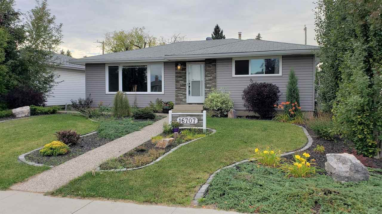 Main Photo: 16707 94 Avenue NW in Edmonton: Zone 22 House for sale : MLS®# E4179508