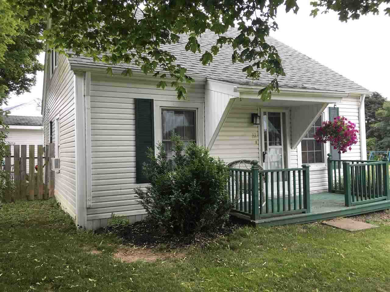 Main Photo: 72 Cedar Street in Pictou: 107-Trenton,Westville,Pictou Residential for sale (Northern Region)  : MLS®# 202017230