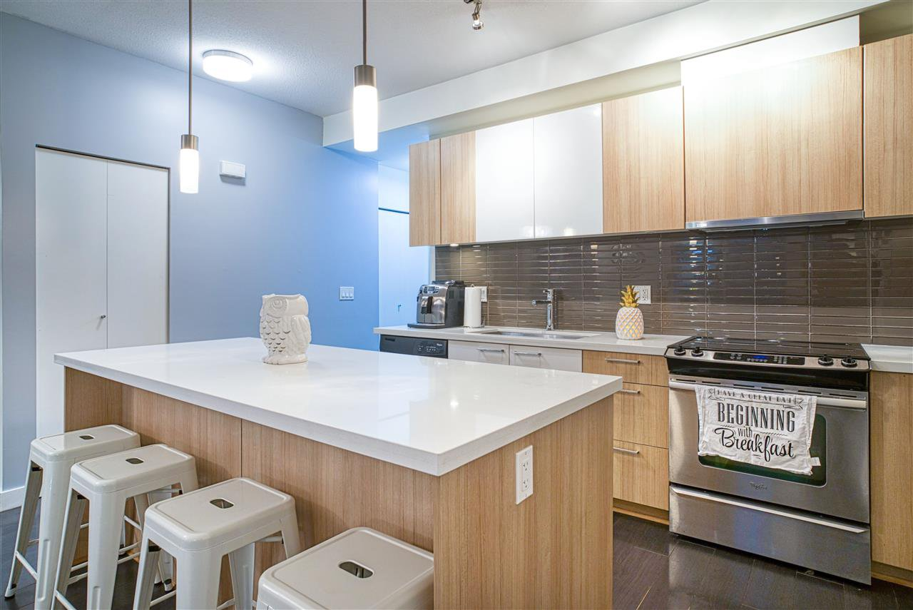 """Main Photo: 218 618 LANGSIDE Avenue in Coquitlam: Coquitlam West Townhouse for sale in """"The Bloom"""" : MLS®# R2498567"""
