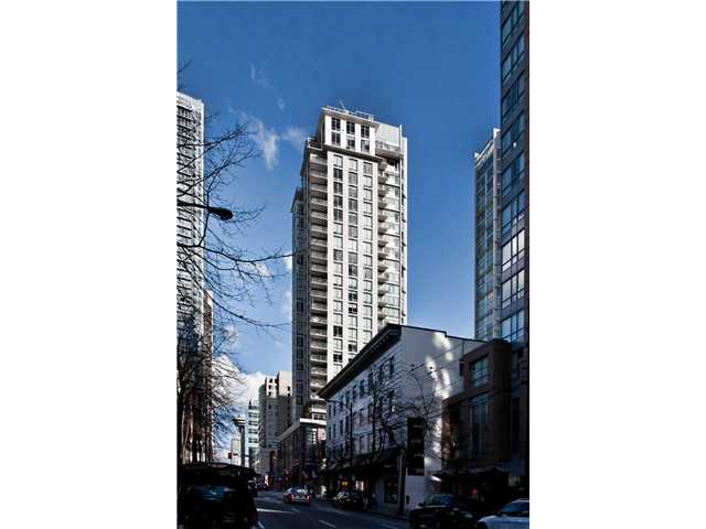 """Main Photo: # 705 565 SMITHE ST in Vancouver: Downtown VW Condo for sale in """"VITA AT SYMPHONY PLACE"""" (Vancouver West)  : MLS®# V869982"""