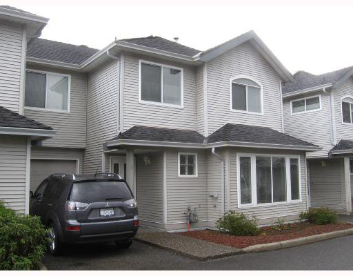 """Main Photo: 3 19271 FORD Road in Pitt_Meadows: Central Meadows Townhouse for sale in """"MONTERRA NORTH"""" (Pitt Meadows)  : MLS®# V697622"""