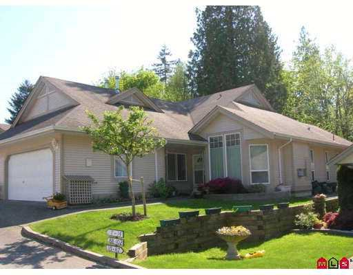 """Main Photo: 14 9025 216TH Street in Langley: Walnut Grove Townhouse for sale in """"COVENTRY WOODS"""" : MLS®# F2711883"""
