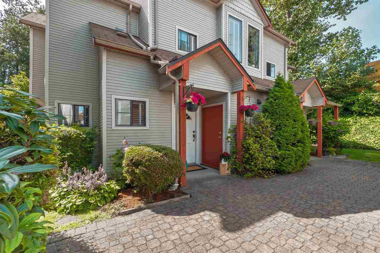 """Main Photo: 6 98 BEGIN Street in Coquitlam: Maillardville Townhouse for sale in """"Le Parc"""" : MLS®# R2390073"""
