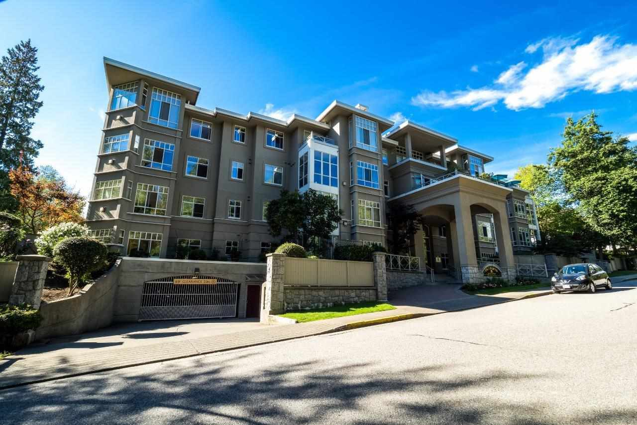 "Main Photo: PH-G 630 ROCHE POINT Drive in North Vancouver: Roche Point Condo for sale in ""The Legends at Raven Woods"" : MLS®# R2476866"