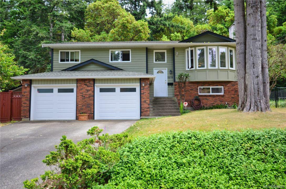 Main Photo: 3279 Sedgwick Dr in Colwood: Co Triangle House for sale : MLS®# 844298
