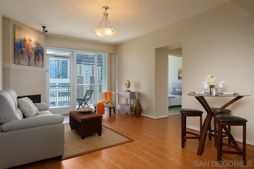 Main Photo: DOWNTOWN Condo for rent : 1 bedrooms : 1240 India St #1604 in San Diego