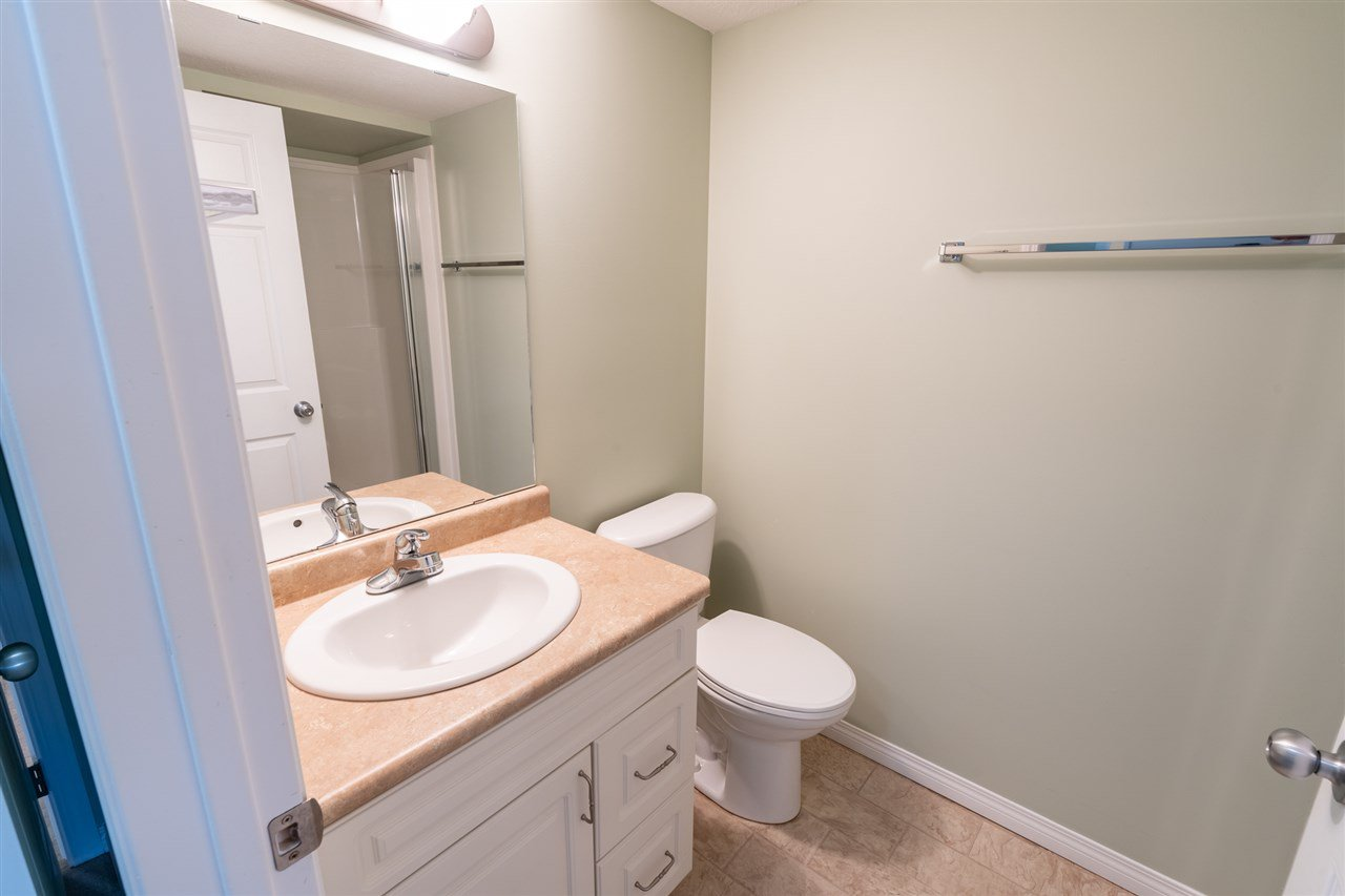 Photo 21: Photos: 208 4707 51 Avenue: Wetaskiwin Condo for sale : MLS®# E4210882