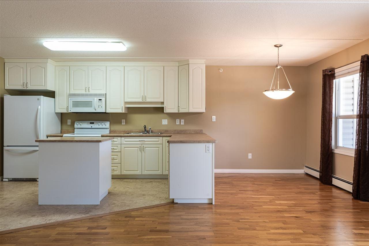Photo 7: Photos: 208 4707 51 Avenue: Wetaskiwin Condo for sale : MLS®# E4210882