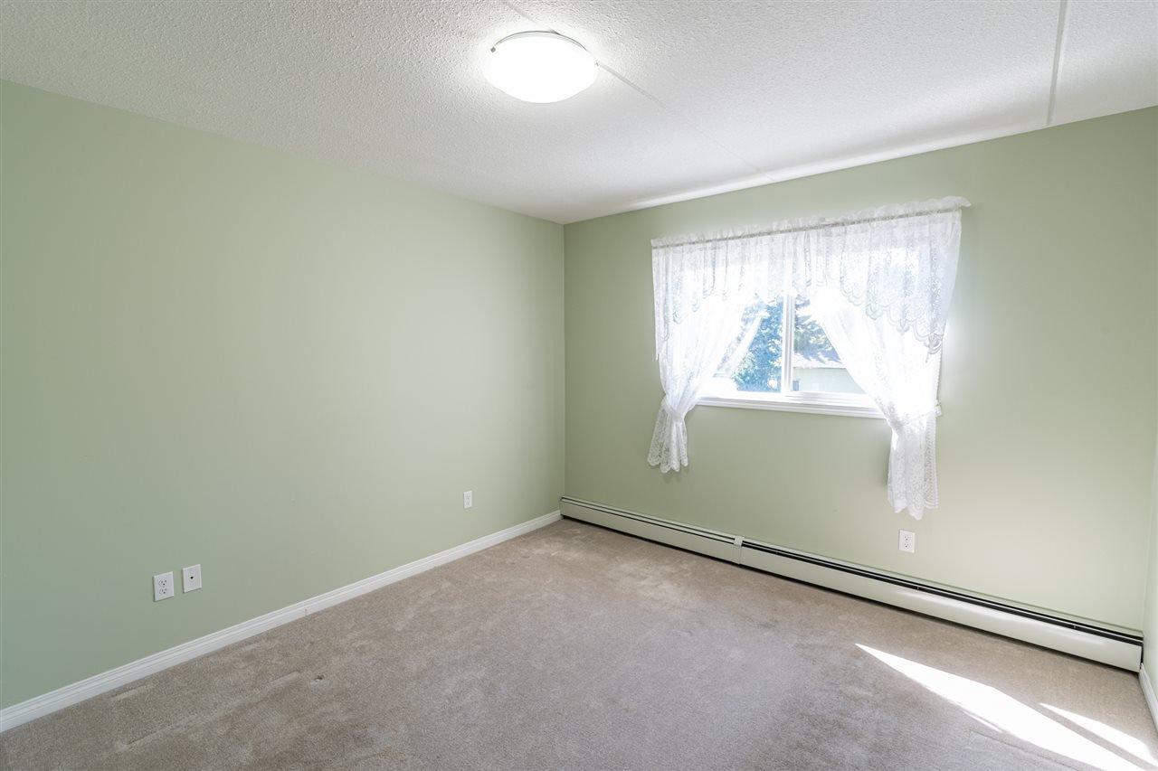 Photo 18: Photos: 208 4707 51 Avenue: Wetaskiwin Condo for sale : MLS®# E4210882