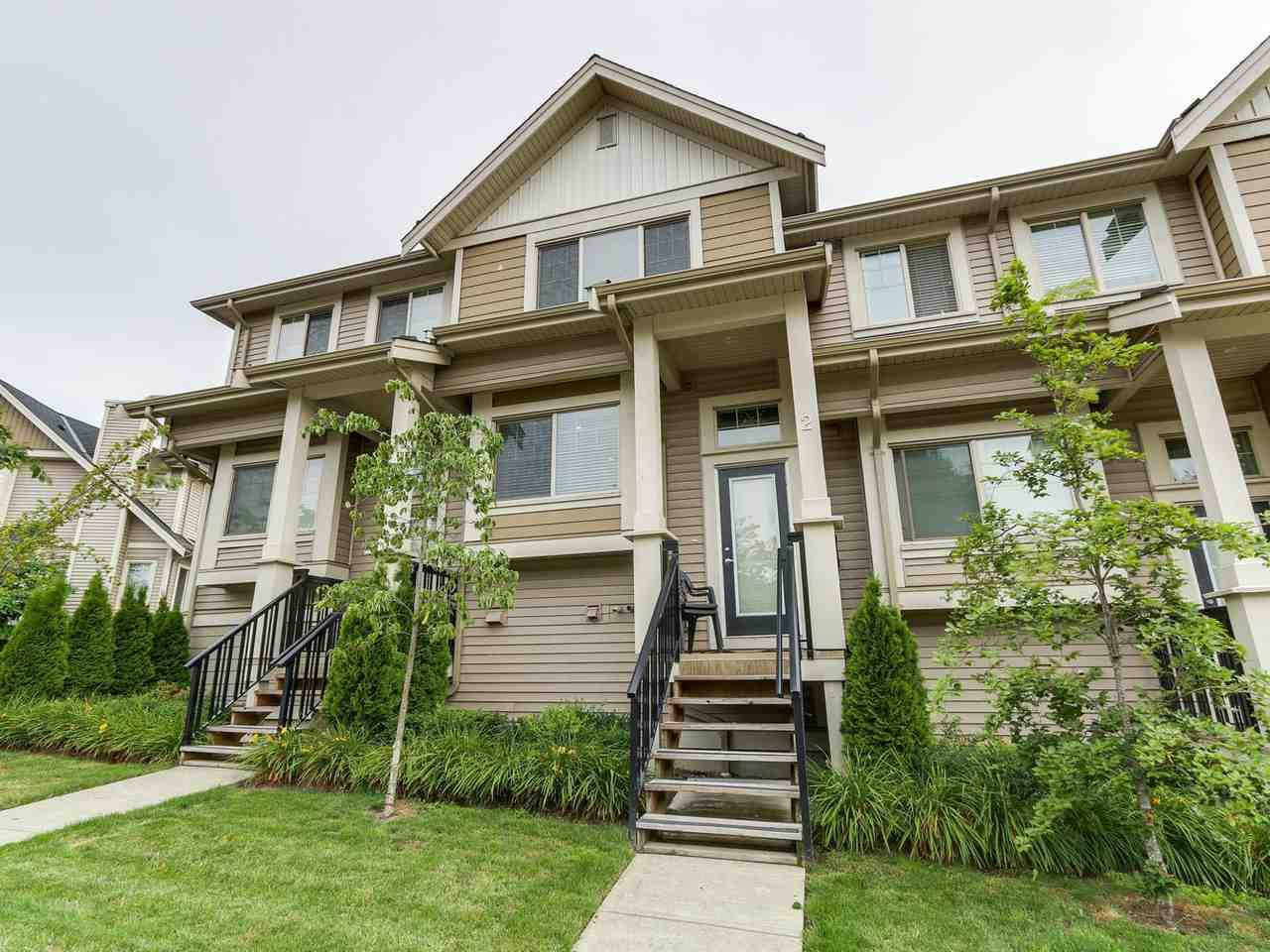 Main Photo: 2 19097 64 AVENUE in Surrey: Cloverdale BC Townhouse for sale (Cloverdale)  : MLS®# R2466274