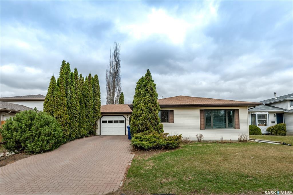 Main Photo: 411 Garvie Road in Saskatoon: Silverspring Residential for sale : MLS®# SK806403