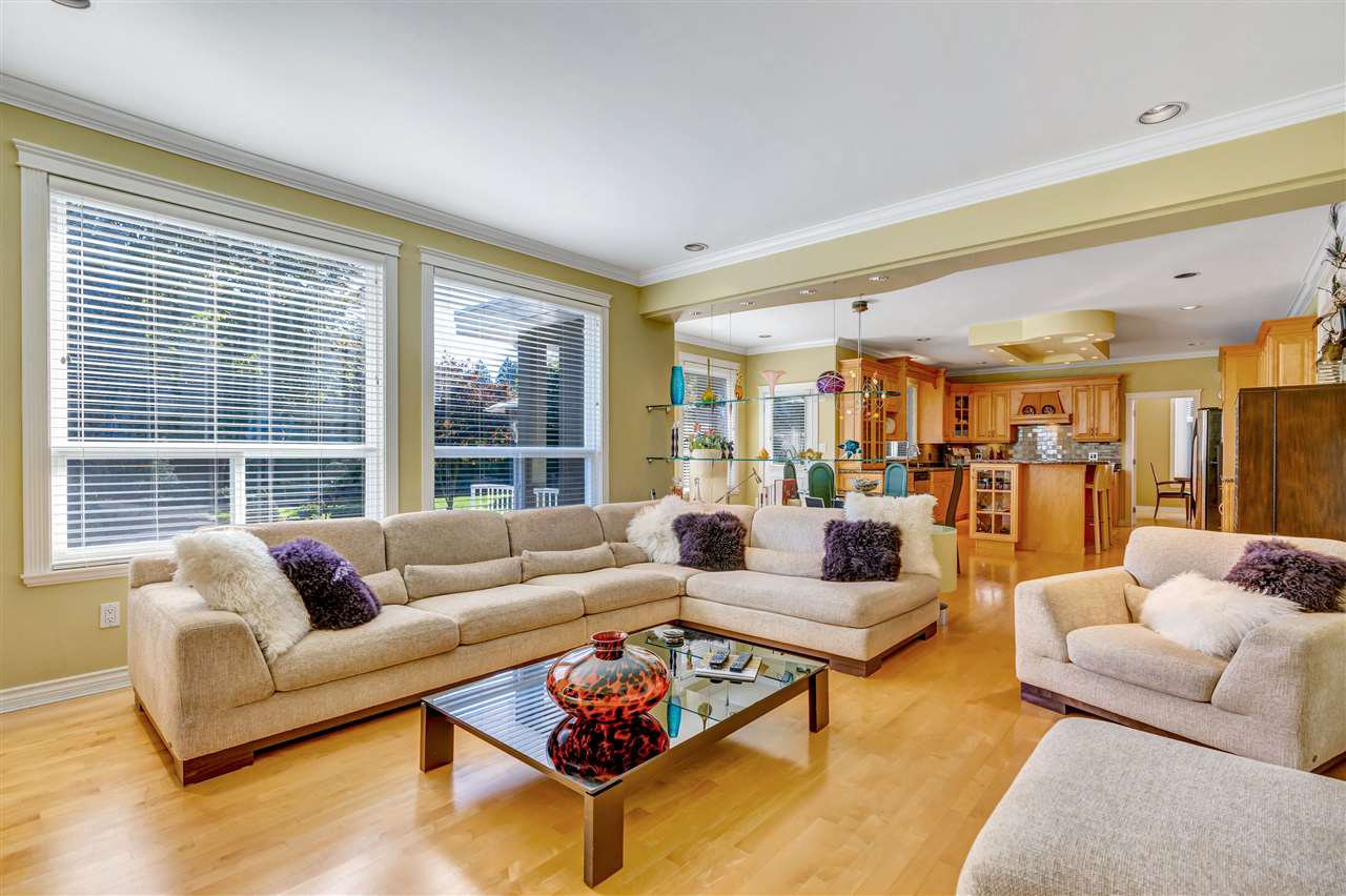 """Photo 14: Photos: 16212 113TH Avenue in Surrey: Fraser Heights House for sale in """"Fraser Ridge"""" (North Surrey)  : MLS®# R2512583"""