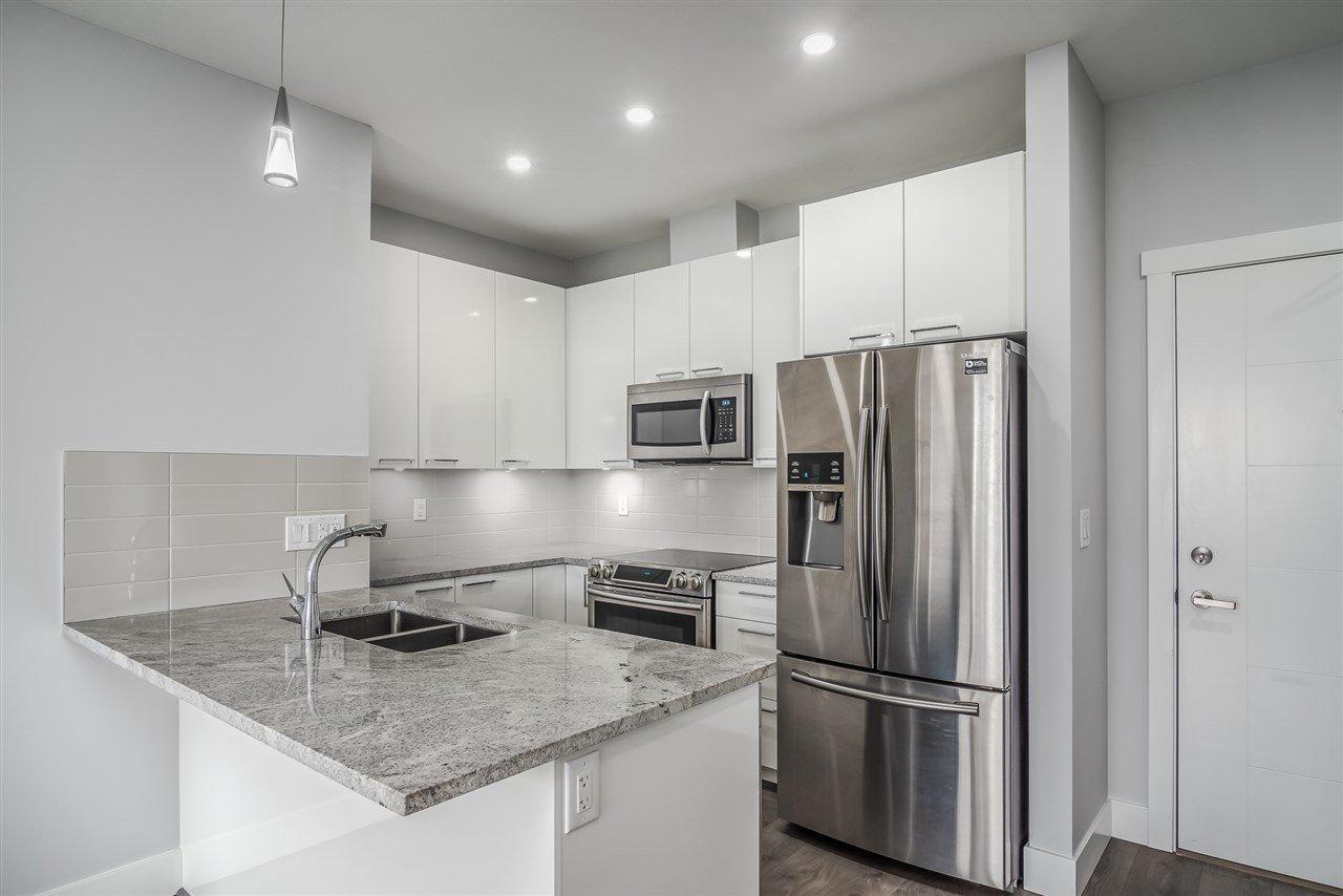 """Main Photo: 513 22315 122 Avenue in Maple Ridge: East Central Condo for sale in """"The Emerson"""" : MLS®# R2515563"""