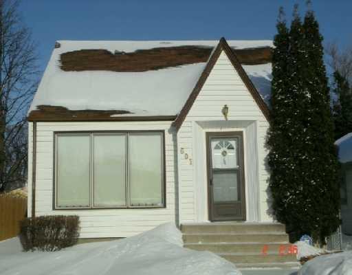 Main Photo: 601 MATHESON Avenue in Winnipeg: West Kildonan / Garden City Single Family Detached for sale (North West Winnipeg)  : MLS®# 2701425
