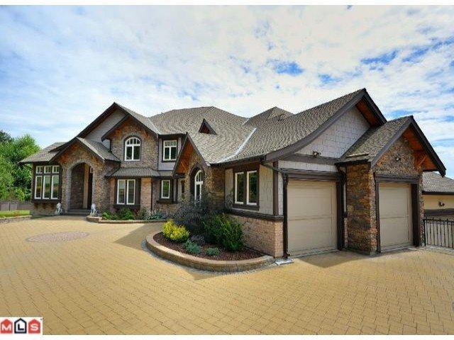 Main Photo: 12968 Southridge Dr. in Surrey: Panorama Ridge House for sale : MLS®# f1119126