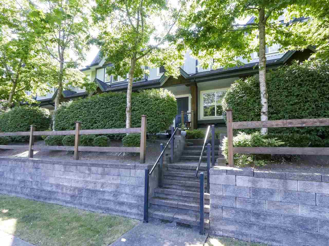 "Main Photo: 12 8737 161 Street in Surrey: Fleetwood Tynehead Townhouse for sale in ""Broadwalk"" : MLS®# R2481530"