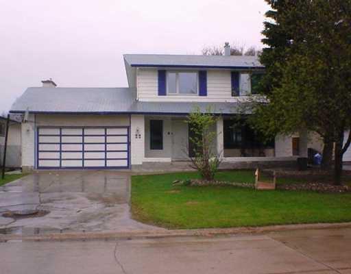 Main Photo: 22 ROCKCLIFFE Road in WINNIPEG: Windsor Park / Southdale / Island Lakes Single Family Detached for sale (South East Winnipeg)  : MLS®# 2706556