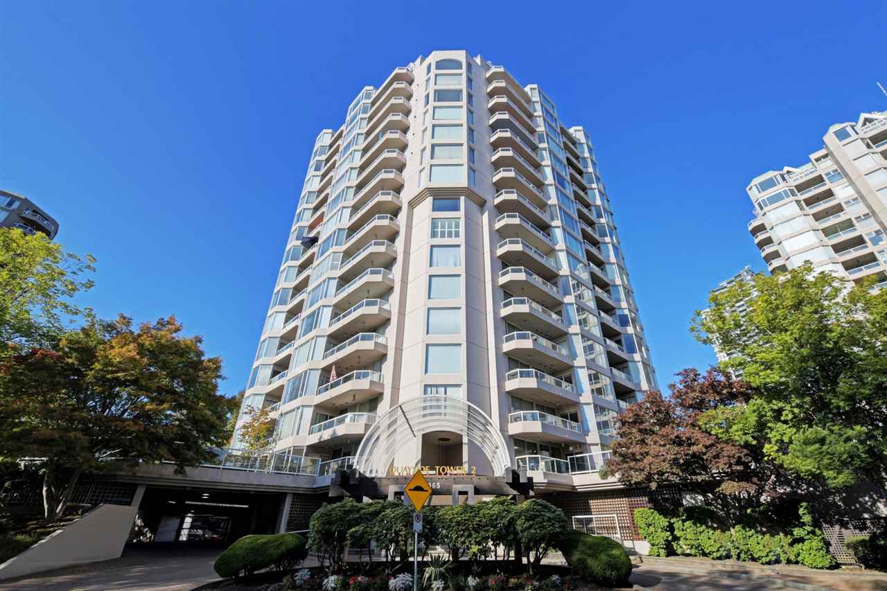 "Main Photo: 905 1065 QUAYSIDE Drive in New Westminster: Quay Condo for sale in ""QUAYSIDE TOWER II"" : MLS®# R2410364"